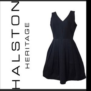 Halston Heritage V-neck, Little Black Dress 🖤Sz 6